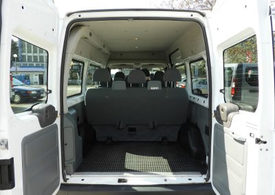 ford-transit-belso-1